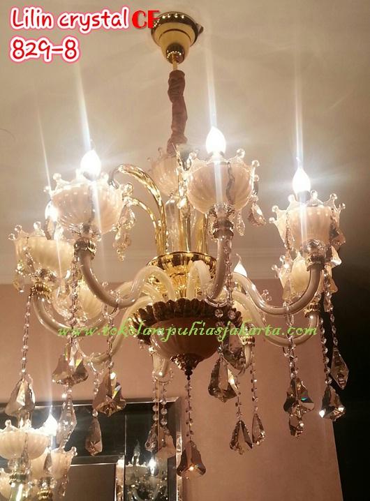 Lampu Cristal Krystal Dengan Tampilan Mewah Dan Elegan